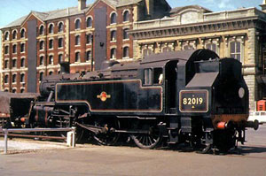 82019 at Southampton Docks, 8th June 1964